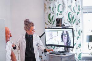 läkarbesök med VERAs digitala hälsoplattform